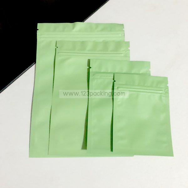 ถุงซิปก้นแบน ตั้งไม่ได้ สีเขียว