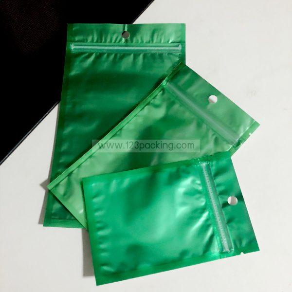 ถุงหน้าใส หลังฟอยด์ ตั้งไม่ได้ สีเขียว