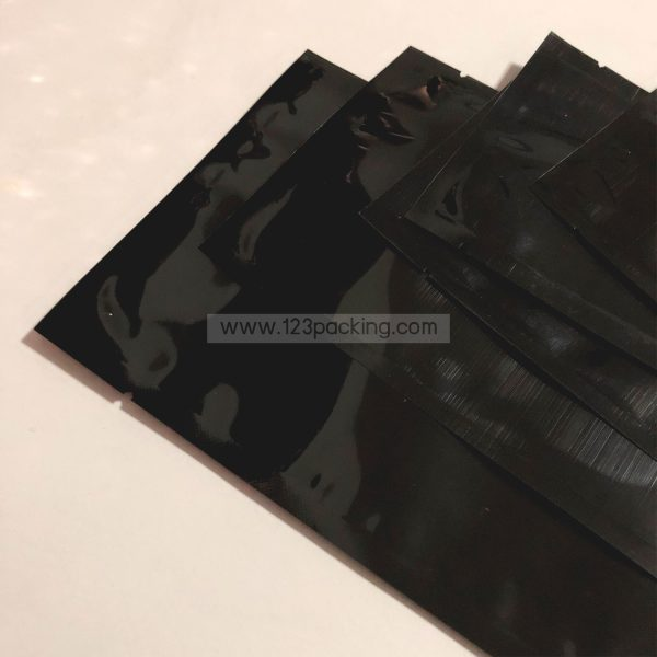 ซองซีล 3 ด้าน เนื้อพลาสติกเงา สีดำ